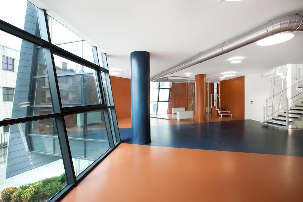 artigiana_office_interior_rubber