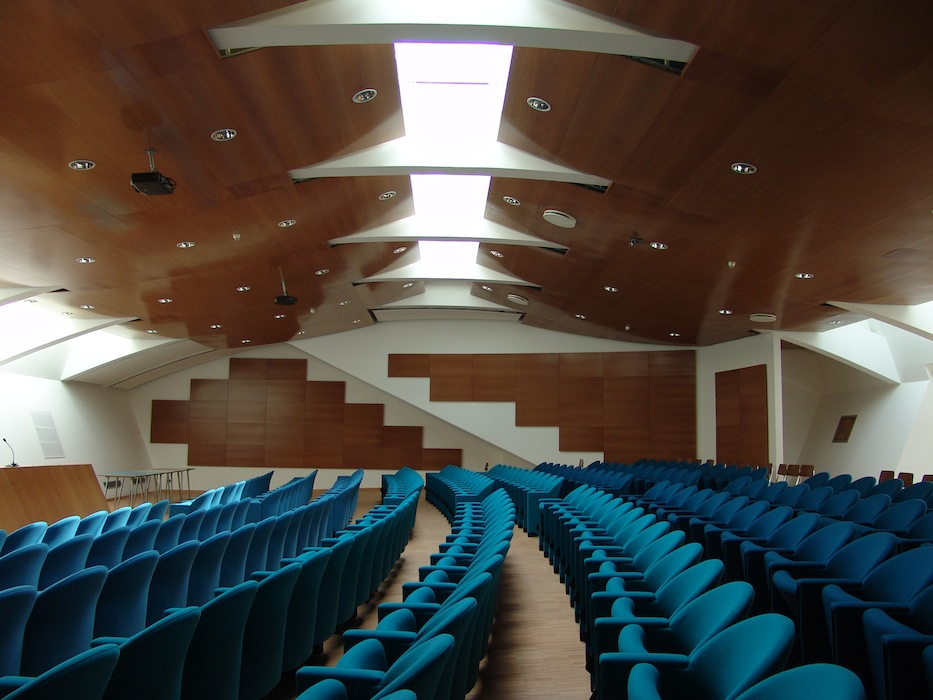 Altavilla_conference_hall_alba