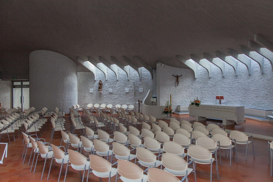 Chiesa_San_Cassiano_alba_interno