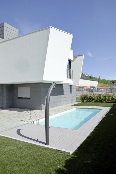 Casa_ricca_piscina