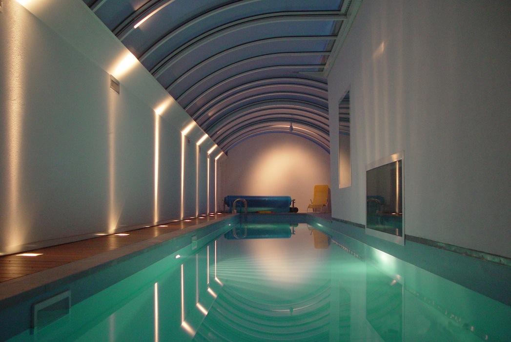 CasaBricco_piscina_notte