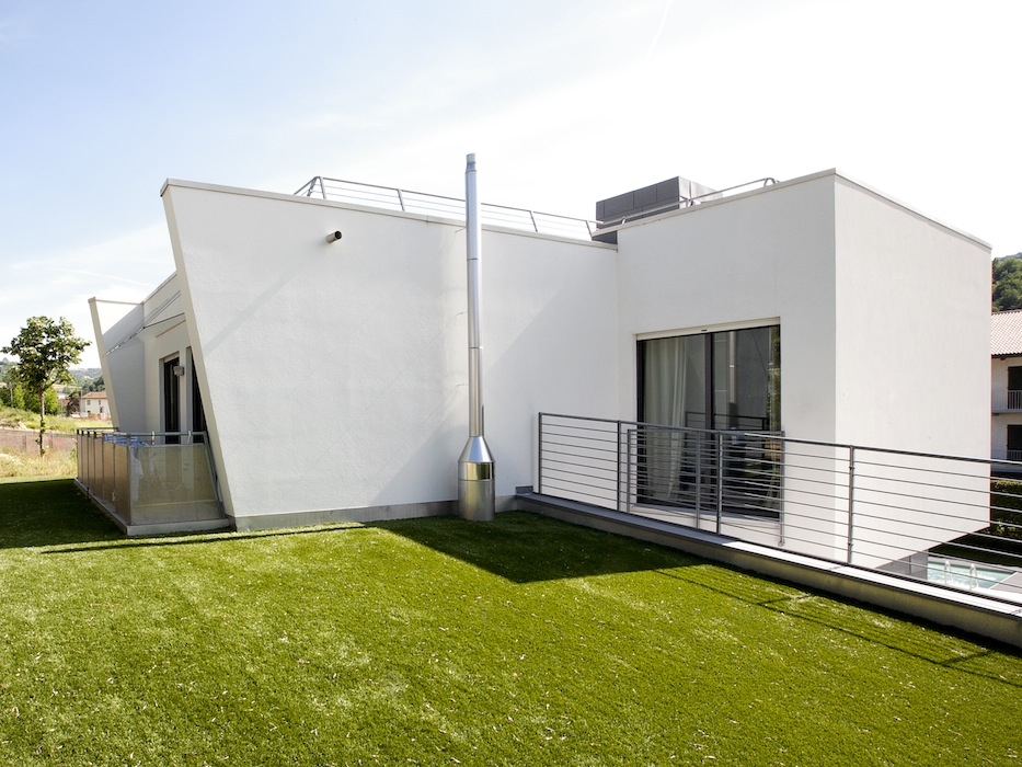 Casa_ricca_giardino_retro