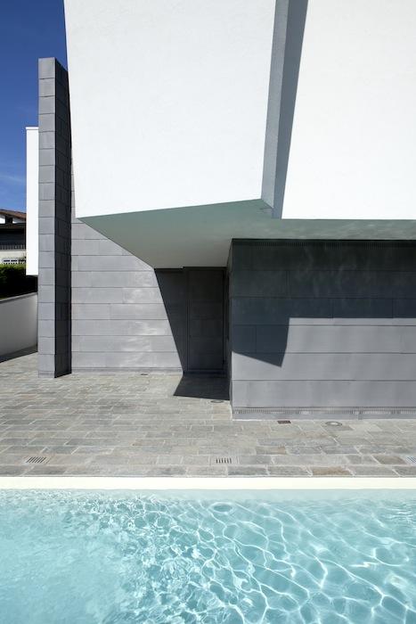 Casa_ricca_intoncaco_metallo