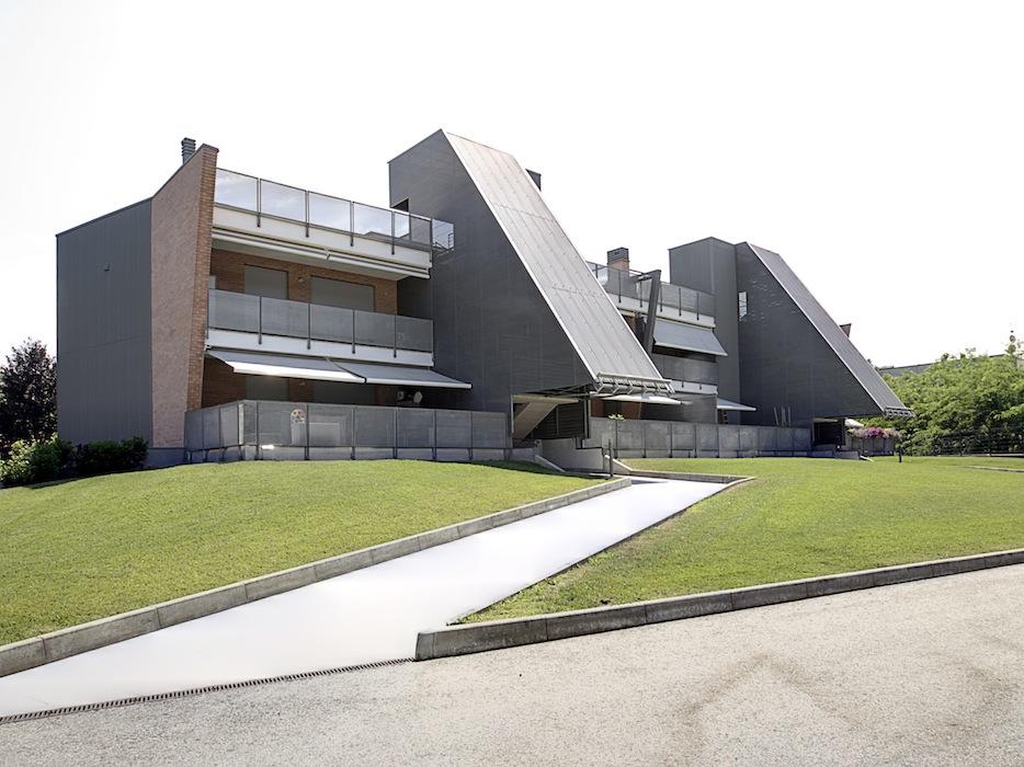 Otto_alloggi_edificio_residenziale_alba