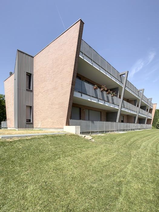 Otto_alloggi_residential_building_alba